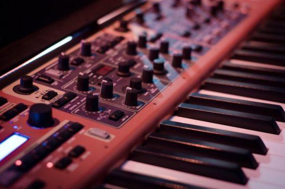 piano studio technology