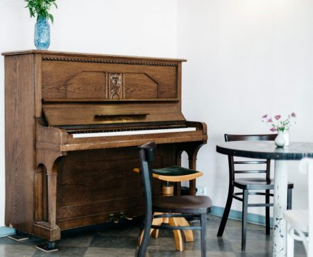 buying new piano